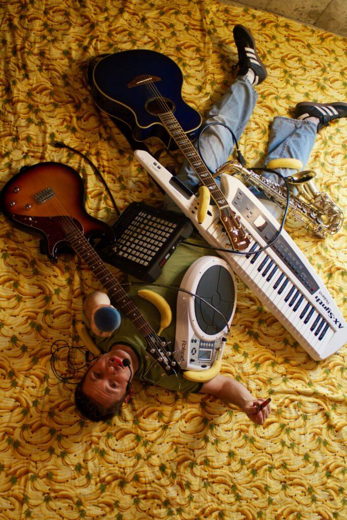 Mulit-Instrumentalist (1)
